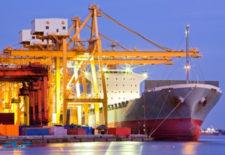 Quyền nhập khẩu và phân phối của doanh nghiệp chế...